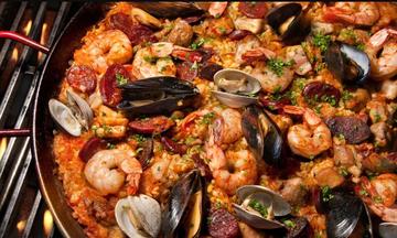 Menu image, Spanish paella and tapas